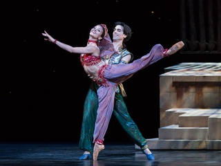 Houston Ballet Aladdin February 2014 Karina Gonzalez and Joseph Walsh choreographed by David Bintley