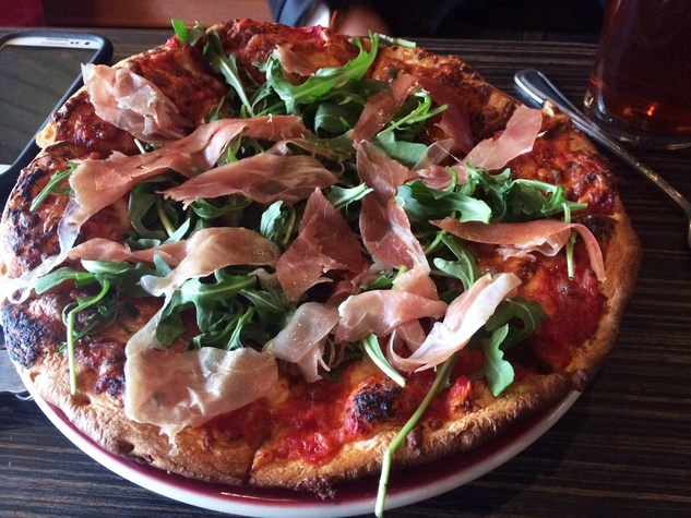 A food snob free zone new kirby pizza restaurant keeps it for Cuisine new zone