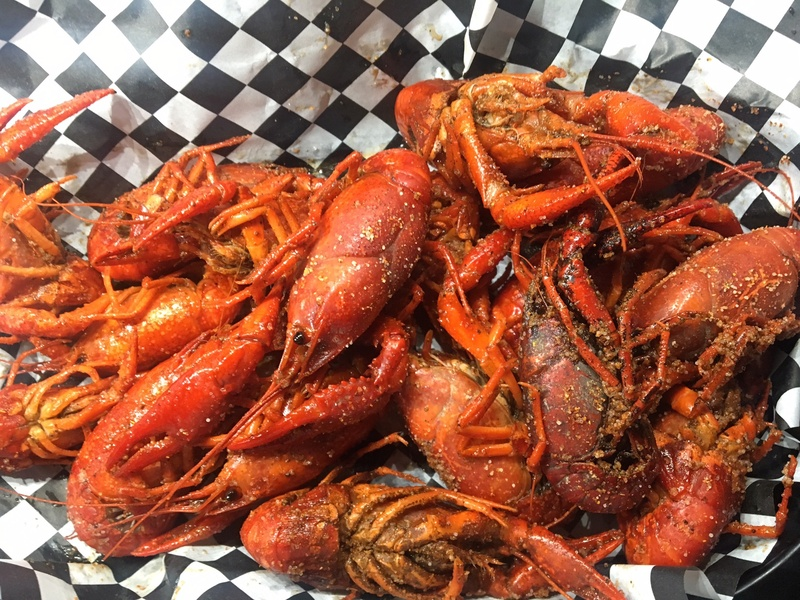 Slideshow nine new places for crawfish you won 39 t want to for Mel s fish shack