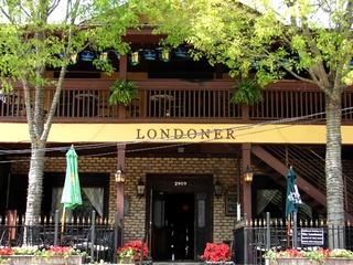 Londoner Uptown pub in Dallas