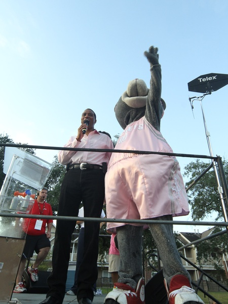 Race for the Cure, October 2012, Khambrel Marshall & Clutch from the Houston Rockets