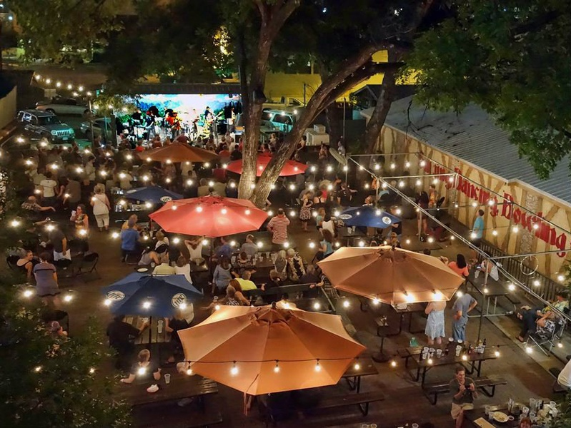 slideshow here are the top 11 things to do in austin this