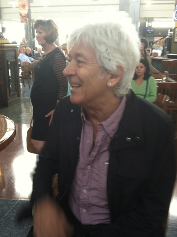 Austin Photo Set: News_Sig_Ian McLagan_hall of fame_april 2012_airport2