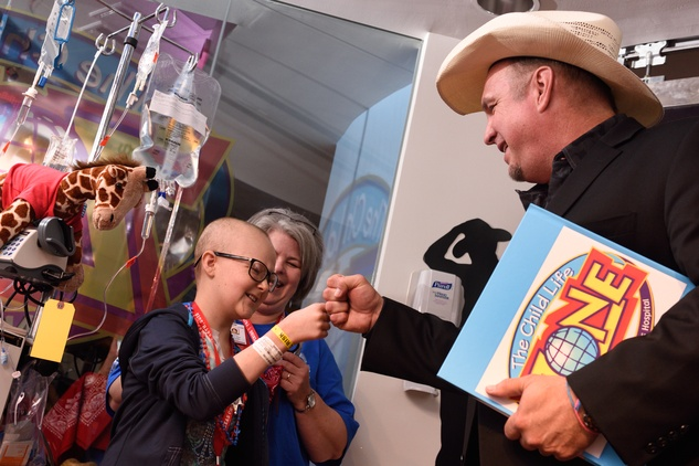 Garth Brooks at grand opening of renovated Texas Children's Hospital Child's Zone