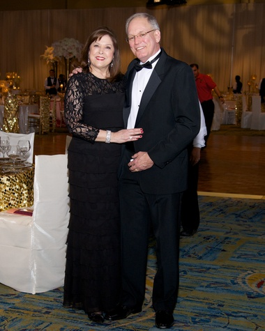 8 8050 Marilyn and Steve Kasmiersky at the American Heart Association's Montgomery County Heart Ball February 2015
