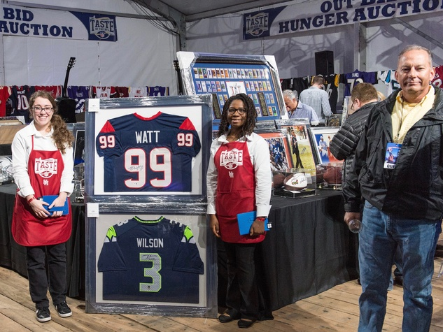 Taste of the NFL Memorabilia