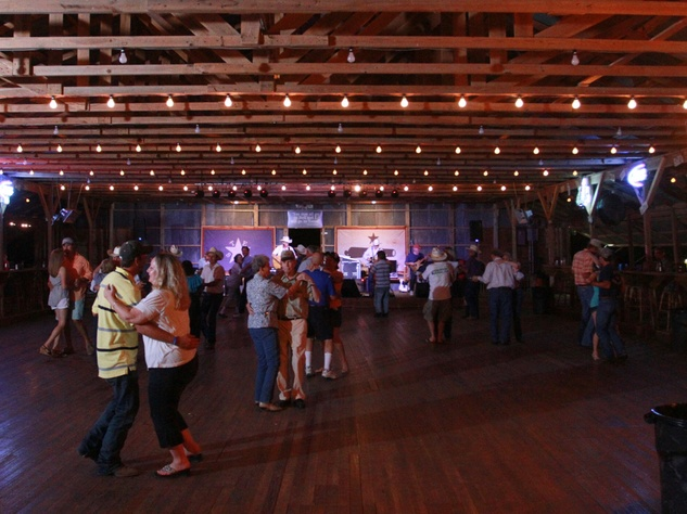 Austin Photo Set: News_Karen Brooks_Dancehalls_two stepping_July 2011_floor