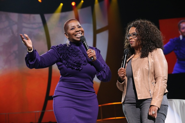 "yanla Vanzant, host of OWN's ""Iyanla: Fix My Life,"" on stage during ""Oprah's The Life You Want Weekend"" at the Toyota Center"