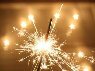 News_sparklers_fireworks