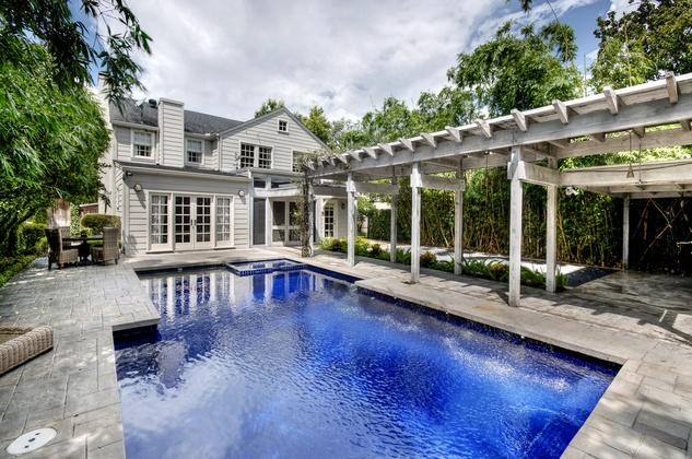 Historic River Oaks Home Goes Up For Sale 1 9 Million