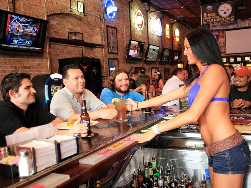 Slideshow Hooters Beware New Brazen Breastaurant Chain - Breastaurants us map