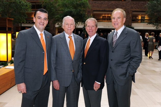 Larry Reece, T. Boone Pickens, John Yeaman, Roger Staubach
