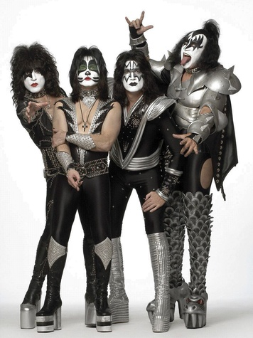 Kiss Still Pulls Groupies Proving That Scary Makeup Is