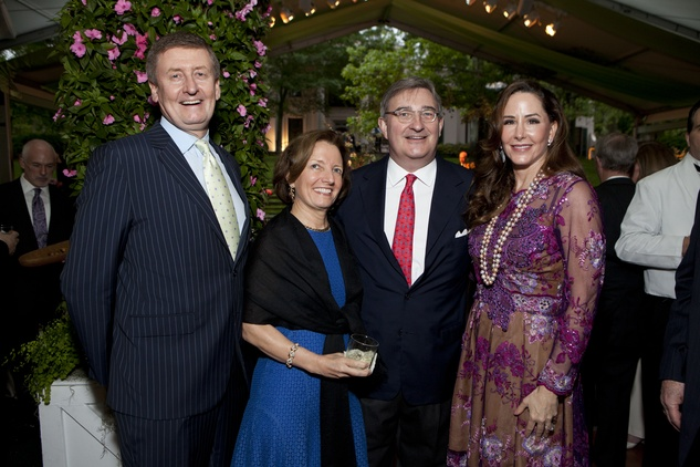 Tom Glanville, from left, Carla Knobloch, Edward Andrews and Liz Glanville at the Bayou Bend Garden Party April 2014