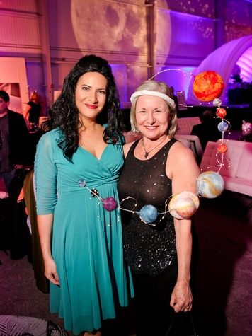 015 Rachel Winer, left, and Nancy Wozney at the Fresh Arts Space Ball March 2014