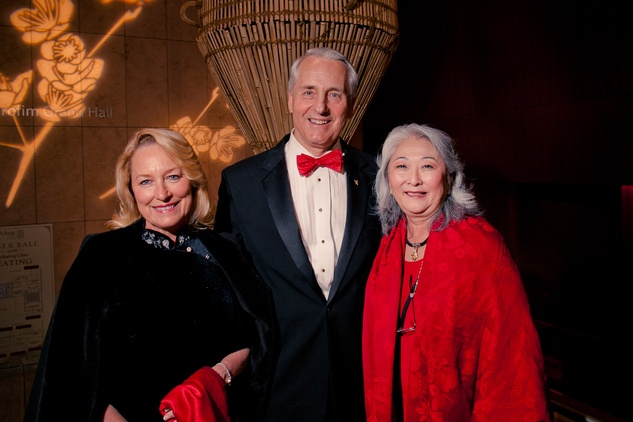 31 Marianne and Bob Ivany, left, with Donna Cole at the Asia Society Tiger Ball March 2015