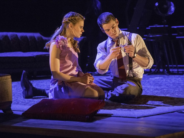 Celia Keenan-Bolger and Brian J. Smith in The Glass Menagerie