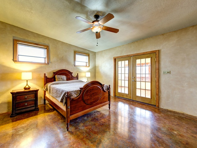 Austin home house 2105 E 9th St 78702 January 2016 bedroom