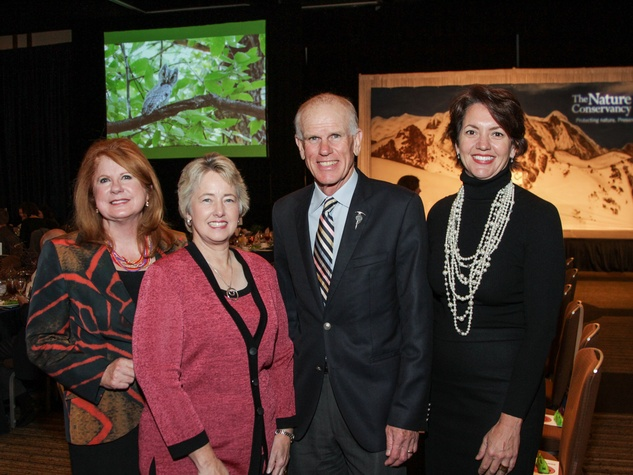 5 Joni Bairdfrom left, Mayor Annise Parker, Peter HIllary and Laura Huffman at the Nature Conservancy luncheon November 2013