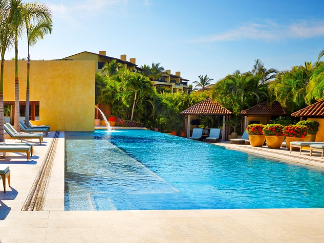 Four Seasons Resort Punta Mita Adult-Only Pool and Sushi Bar