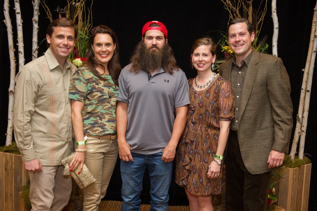 Laura and William Wheless, from left, Jep Robertson and Laura and Steve Hilgers at the LifeHouse Houston Duck Dynasty dinner September 2014