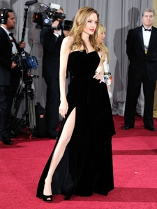 News_Angelina Jolie_Academy Awards_fashion_Feb 2012