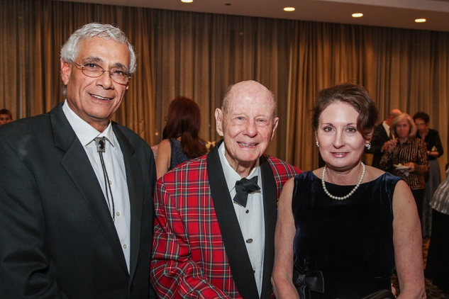 19 Uzi Ozeri, from left, Stewart Morris and Kay Shoppa at the Houston Baptist University Lou Holtz dinner November 2014