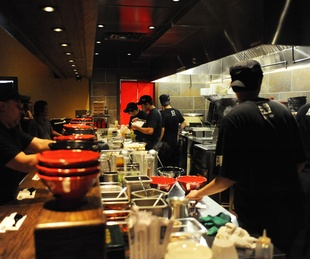3 Jinya Ramen October 2014 bar and kitchen