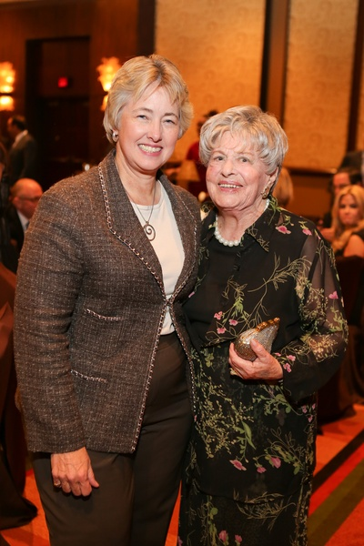 7 Mayor Annise Parker, left, and Helen Colin at the Holocaust Museum Moral Courage Award dinner June 2014