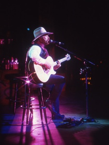 austin photo: news_arden_michael martin murphey