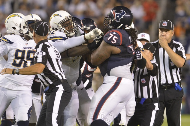 Texans Chargers fight
