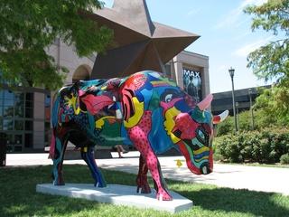 Austin Photo Set: News_Kevin Benz_Austin Cow Parade Deliver_August 2011_cow