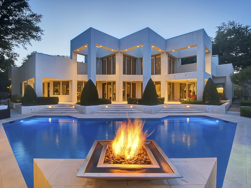 Contemporary style across the metroplex culturemap dallas for Modern houses for sale in dallas