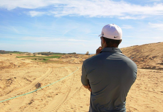 Tiger Woods at El Cardonal at Diamante Cabo San Lucas golf course
