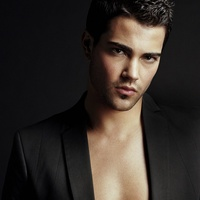 News_Jesse Metcalfe_Dallas_March 2011