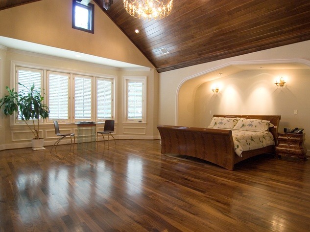 On the Market 2216 Chilton Road January 2015 master bedroom BEFORE