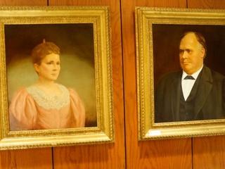 Houston Club_auction_Mr. and Mrs. Hogg_portrait